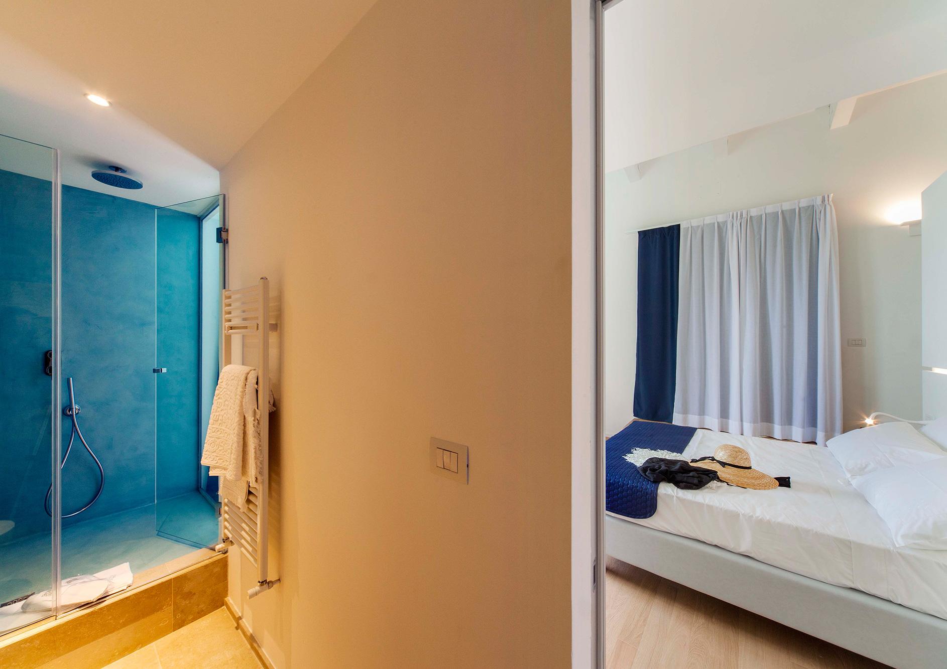 junior-suite-con-terrazzo-vista-mare-16