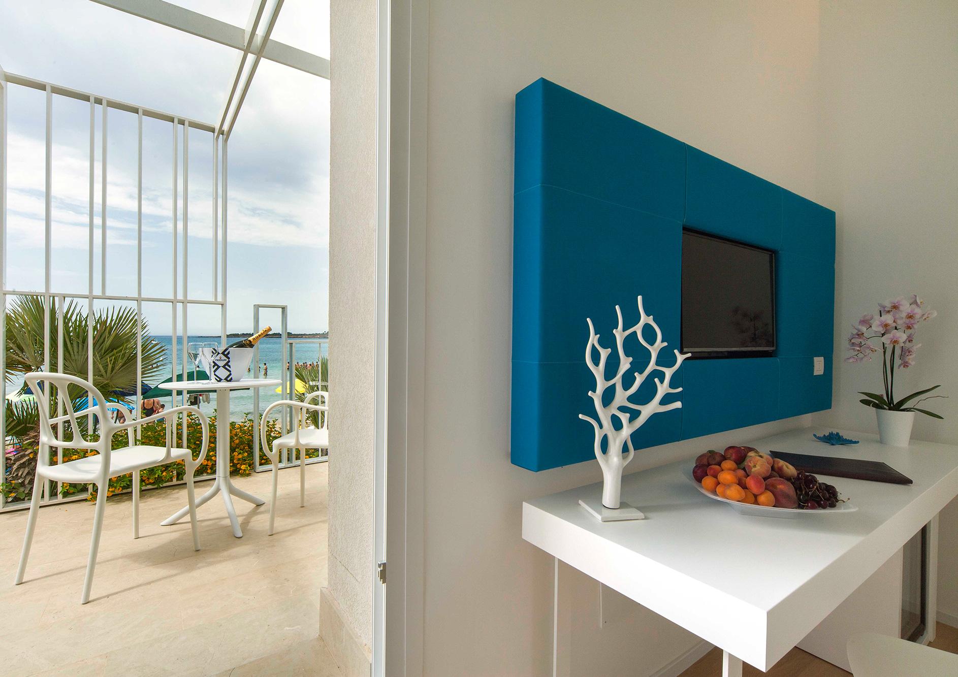 junior-suite-con-terrazzo-vista-mare-17