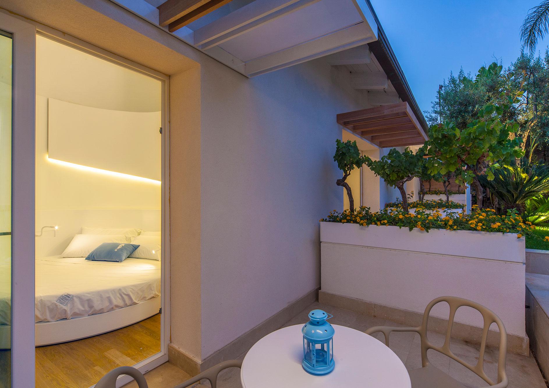 standard-con-terrazzo-vista-giardino-4