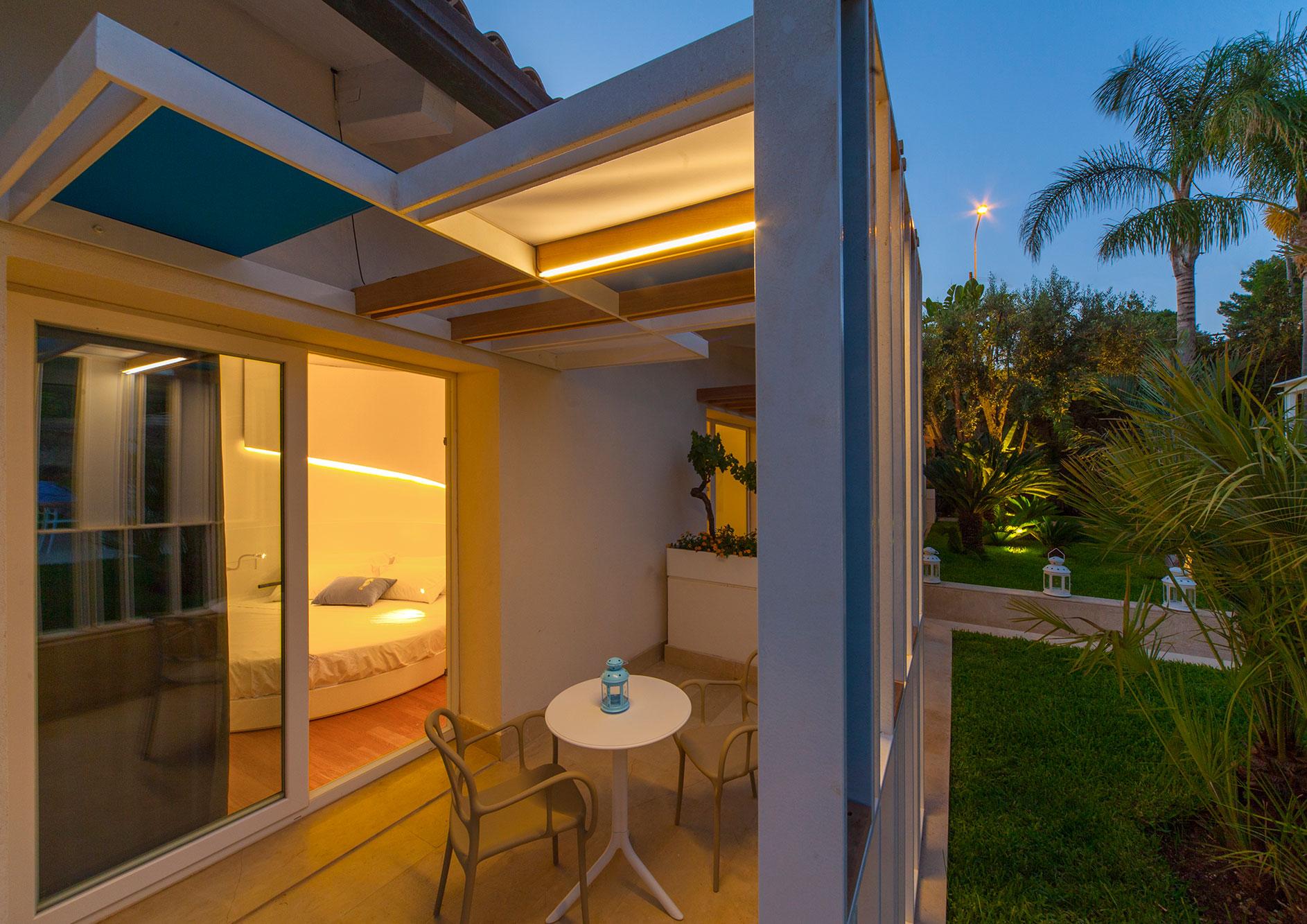 standard-con-terrazzo-vista-giardino-3